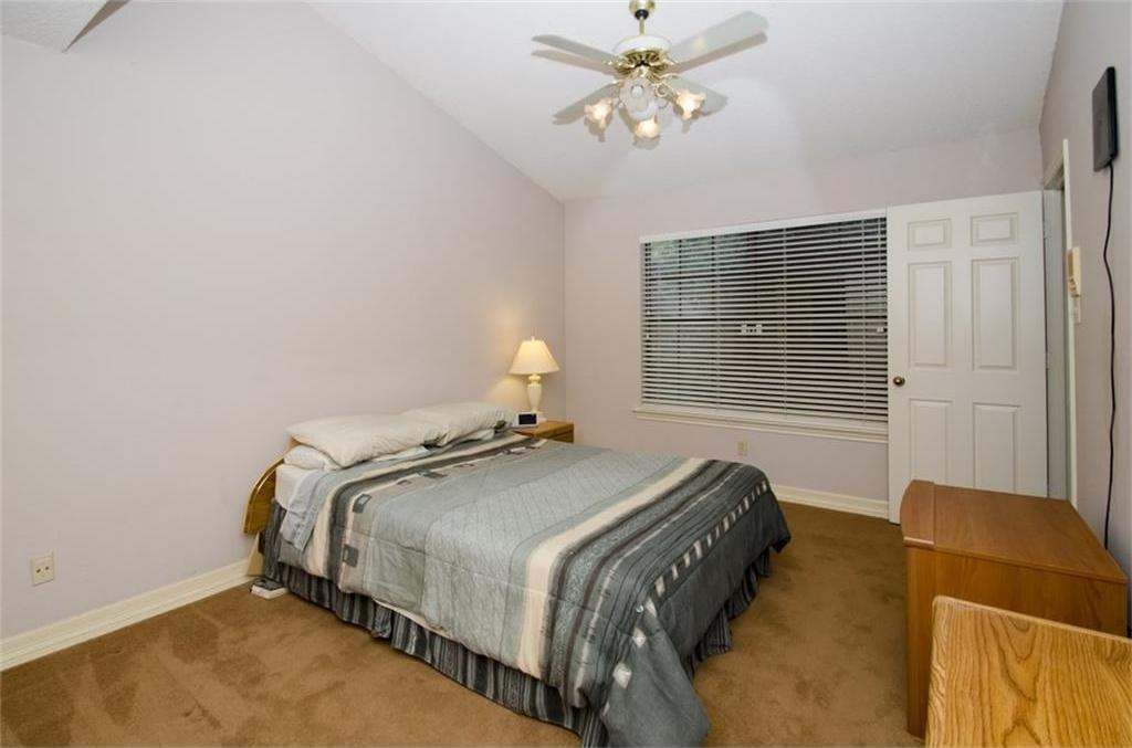 Sold Property | 4716 Village Oak Drive Arlington, Texas 76017 9