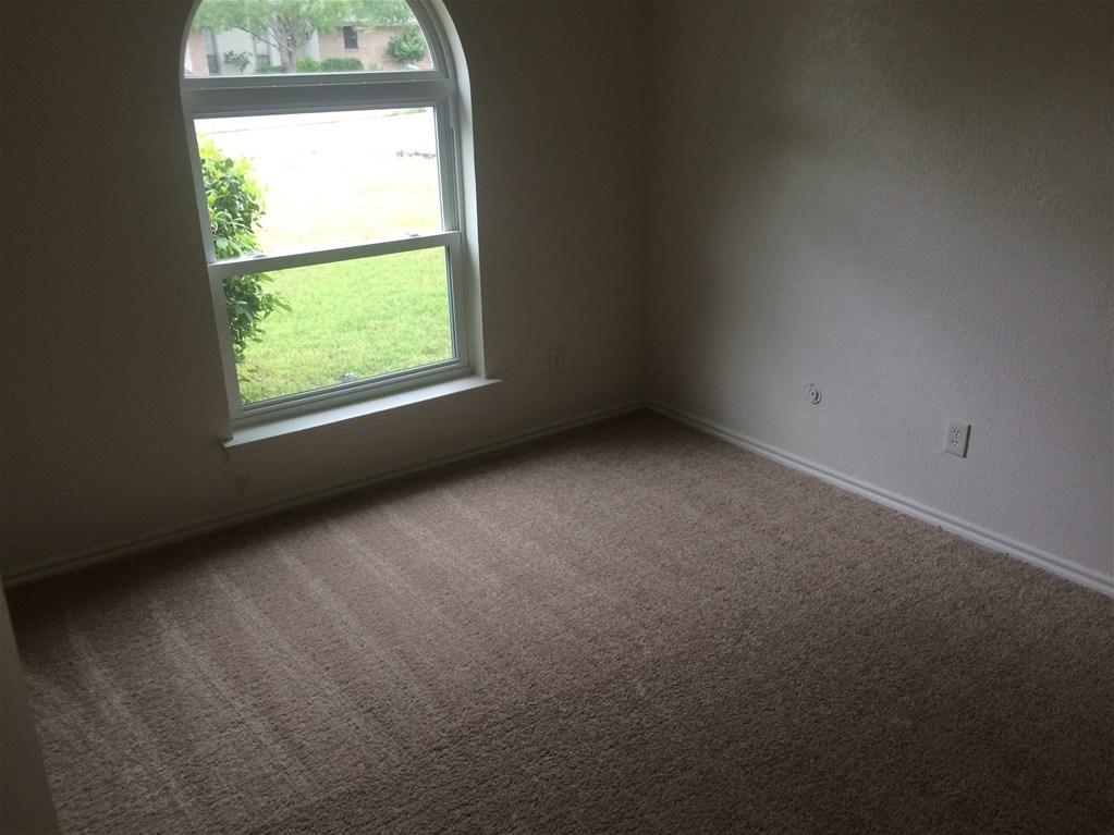 Leased | 806 Cornish Oak Court Arlington, Texas 76012 7