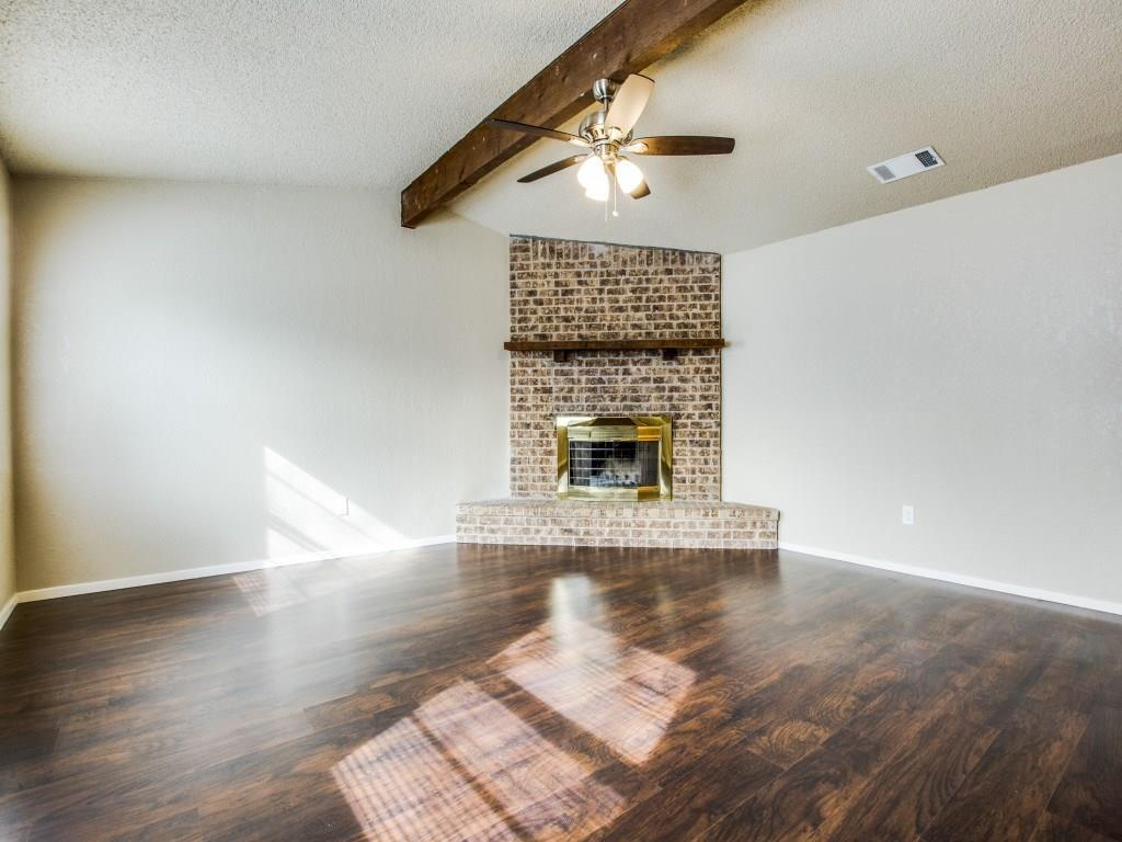 Sold Property | 5527 Macarthur Drive Fort Worth, Texas 76112 3