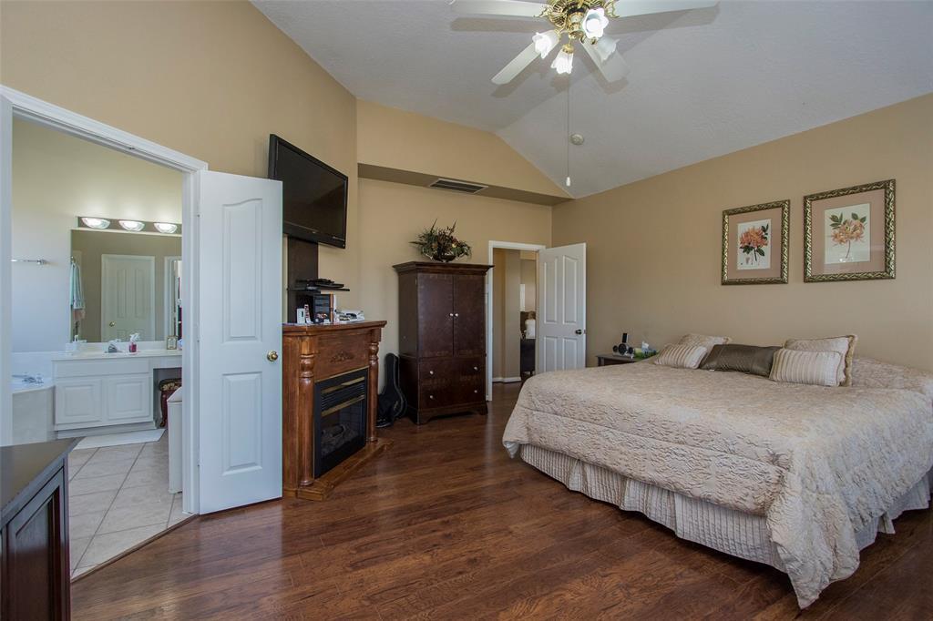 Active | 17551 Mathis  Road Waller, TX 77484 21
