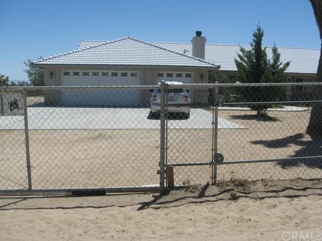 Closed | 13227 Smith  Road Phelan, CA 92371 0