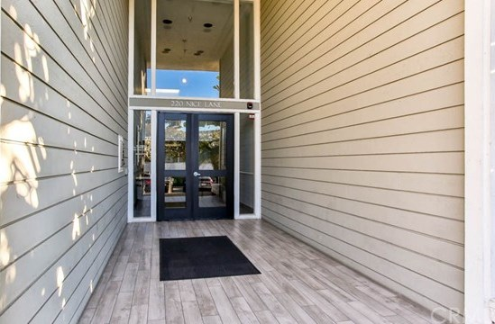 Closed | 220 Nice Lane #107 Newport Beach, CA 92663 25