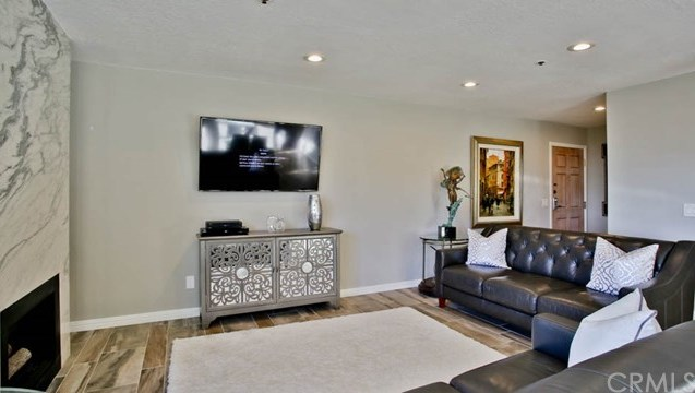 Closed | 220 Nice Lane #107 Newport Beach, CA 92663 5