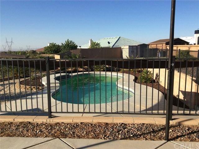 Closed | 7350 Rodeo Road Oak Hills, CA 92344 20