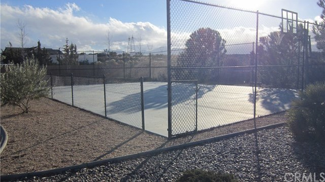 Closed | 7350 Rodeo Road Oak Hills, CA 92344 21