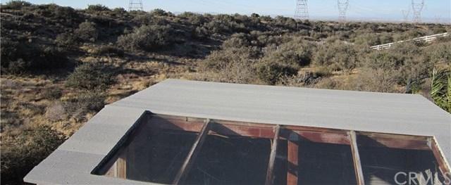 Closed | 7350 Rodeo Road Oak Hills, CA 92344 33