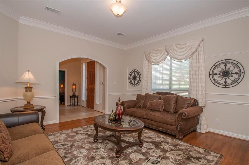 Sold Property | 2320 Dobbins Lane Irving, Texas 75063 11