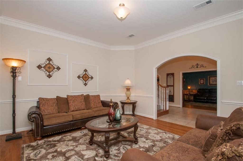 Sold Property | 2320 Dobbins Lane Irving, Texas 75063 12