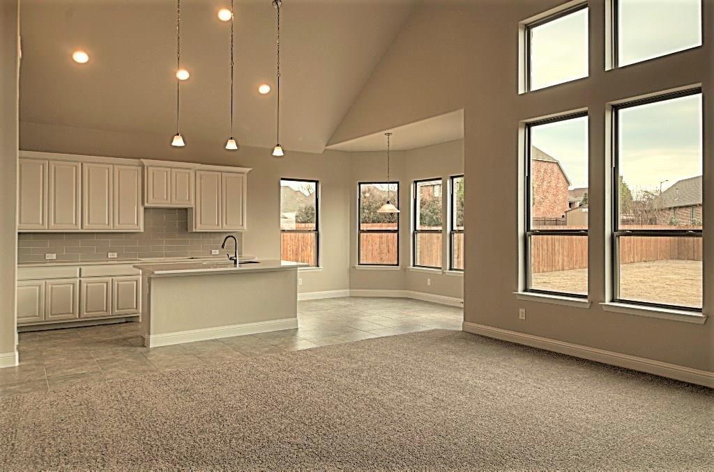 Sold Property | 6925 Costa Del Sol Court Arlington, Texas 76001 10