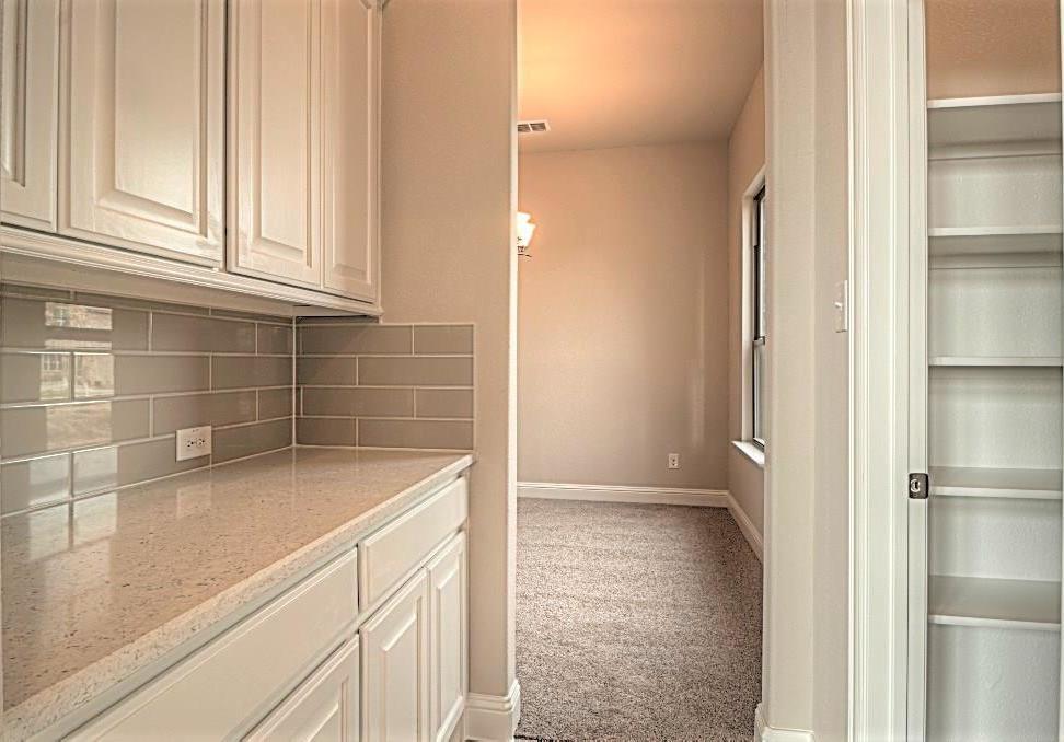 Sold Property | 6925 Costa Del Sol Court Arlington, Texas 76001 13