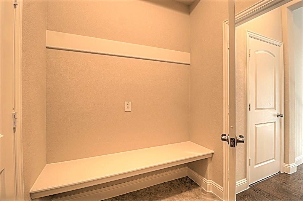 Sold Property | 6925 Costa Del Sol Court Arlington, Texas 76001 15