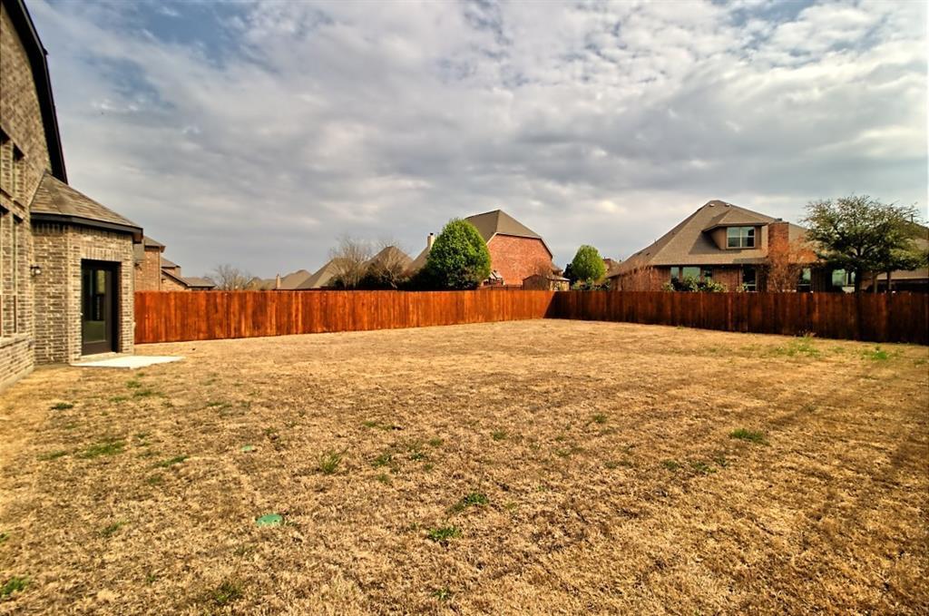 Sold Property | 6925 Costa Del Sol Court Arlington, Texas 76001 34