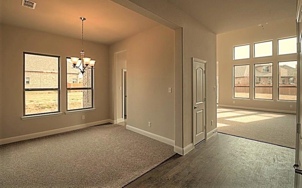 Sold Property | 6925 Costa Del Sol Court Arlington, Texas 76001 6