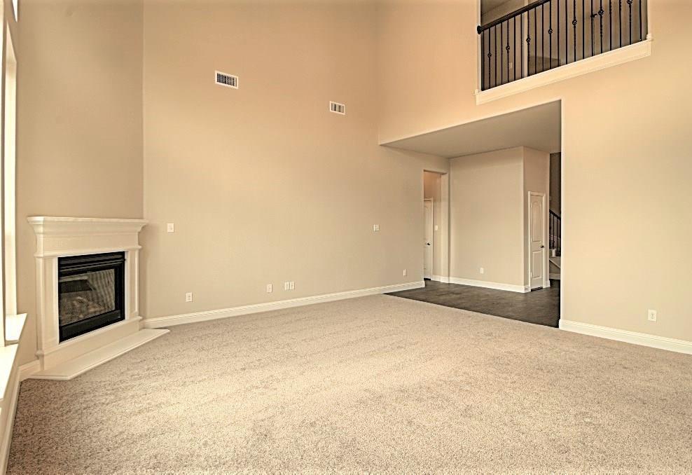 Sold Property | 6925 Costa Del Sol Court Arlington, Texas 76001 9