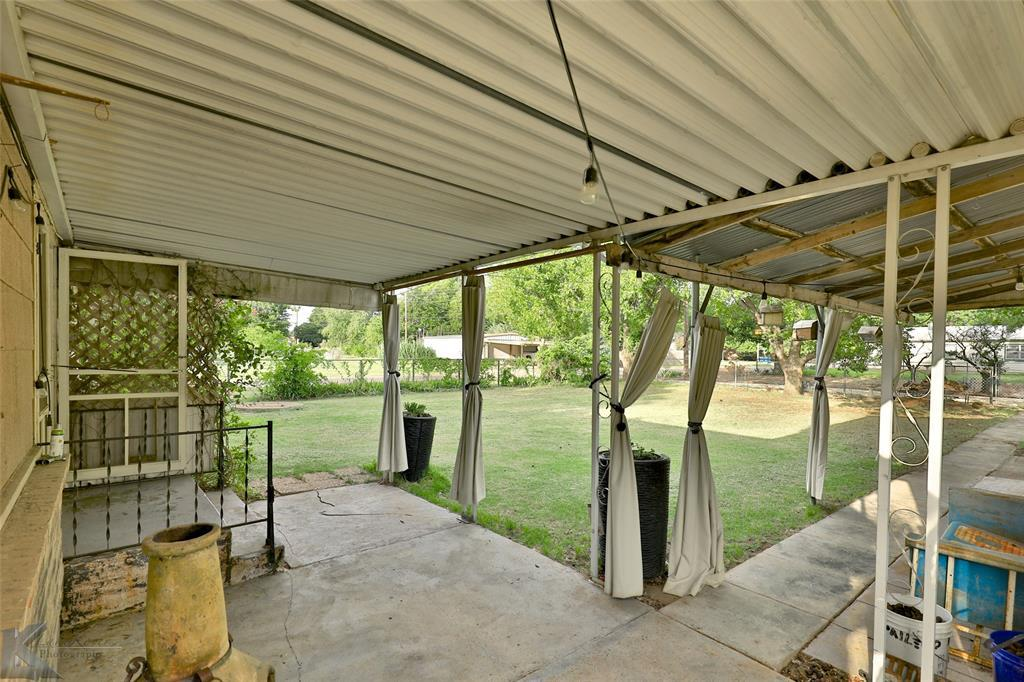 Active Option Contract | 432 Kennedy  Street Clyde, TX 79510 17