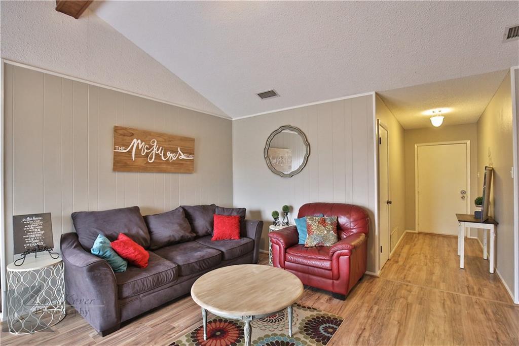 Sold Property | 1042 Baylor Street Abilene, Texas 79602 8