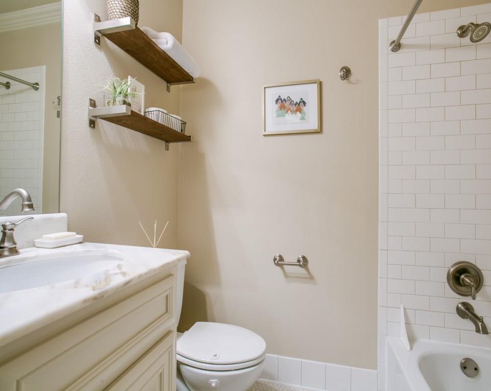 Sold Property | 6447 Vanderbilt Avenue Dallas, Texas 75214 20