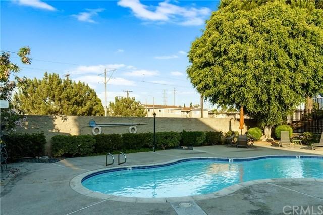 Closed | 111 W Spring  Street #E Long Beach, CA 90806 25