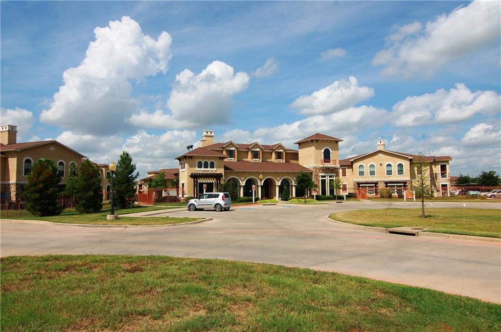 Off Market   2101 N Grand Avenue Gainesville, Texas 76240 7