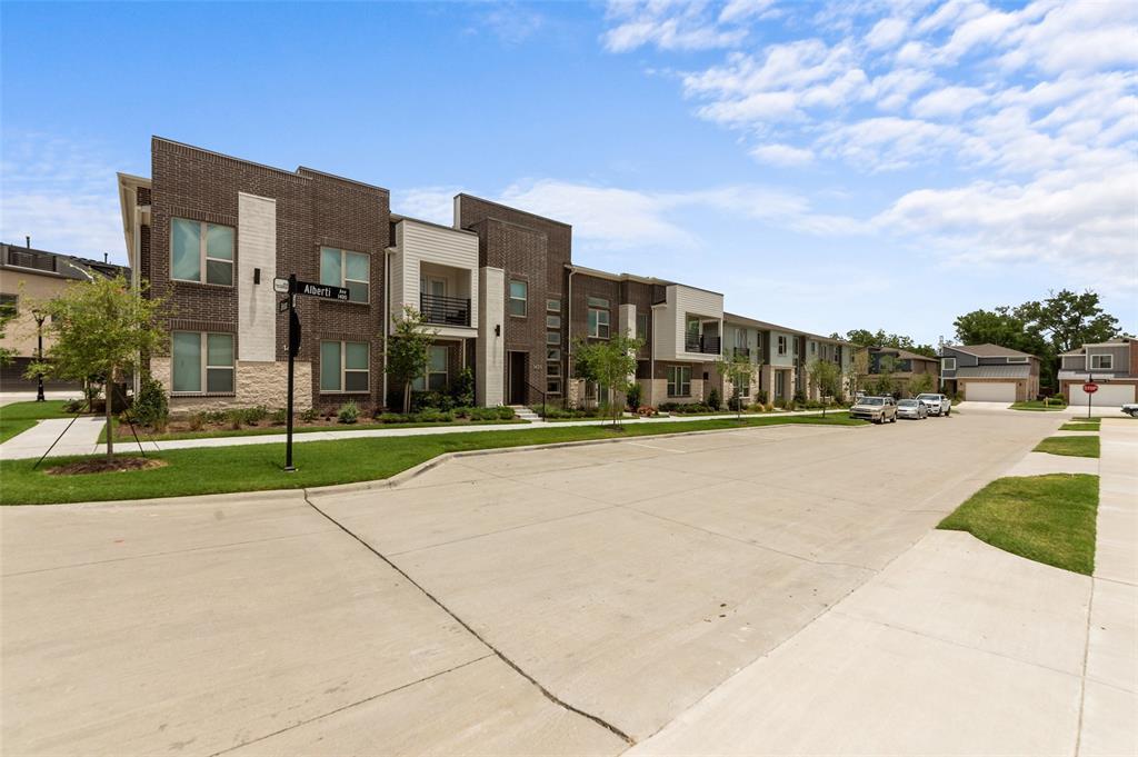 Sold Property   1421 ALBERTI Avenue Plano, Texas 75075 2