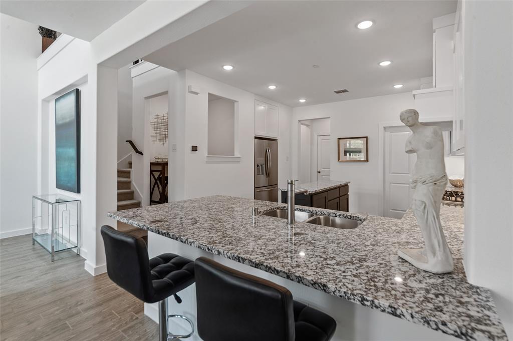 Sold Property   1421 ALBERTI Avenue Plano, Texas 75075 12