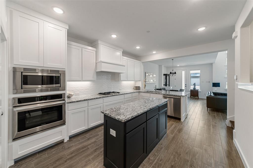 Sold Property   1421 ALBERTI Avenue Plano, Texas 75075 13