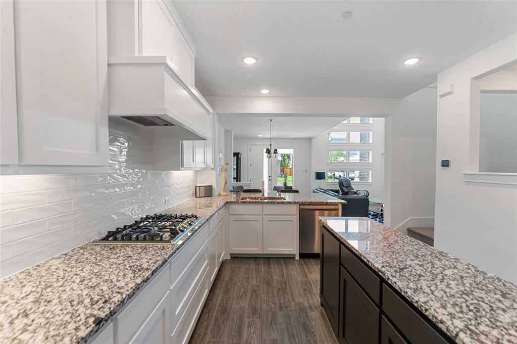 Sold Property   1421 ALBERTI Avenue Plano, Texas 75075 14