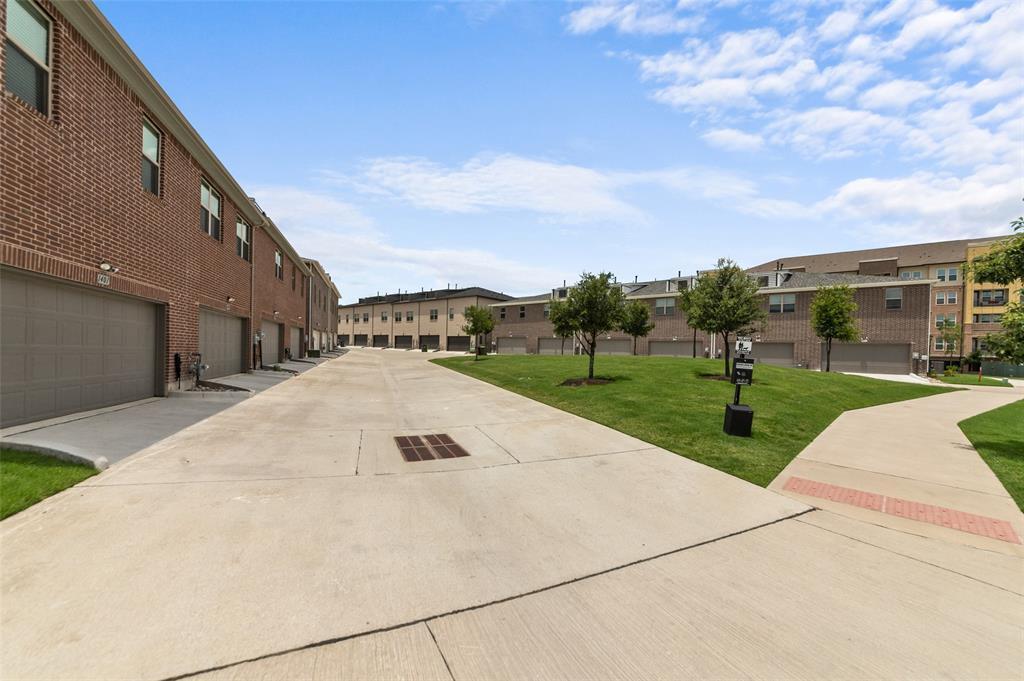 Sold Property   1421 ALBERTI Avenue Plano, Texas 75075 28