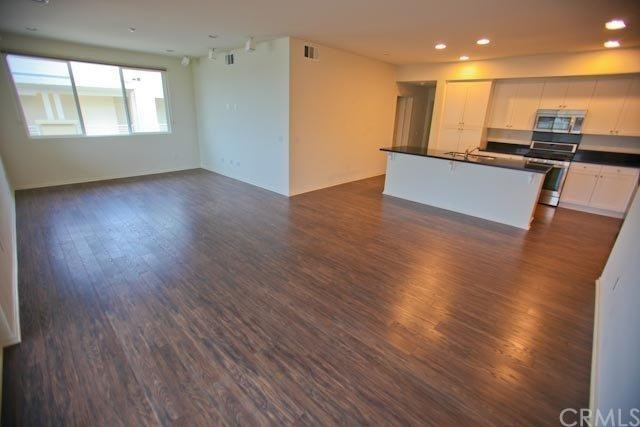Closed | 13029 Central  Avenue #404 Hawthorne, CA 90250 30