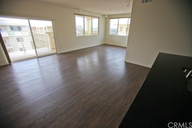 Closed | 13029 Central  Avenue #404 Hawthorne, CA 90250 71