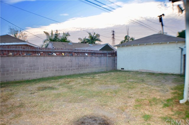 Closed | 10428 Woodhue Street Whittier, CA 90606 16