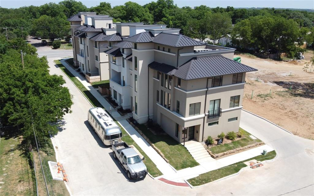 Active | 404 S Rayner  Avenue Fort Worth, TX 76111 13