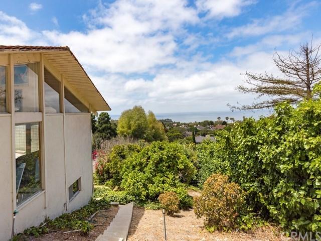 Pending | 1064 Via Ventana Palos Verdes Estates, CA 90274 39