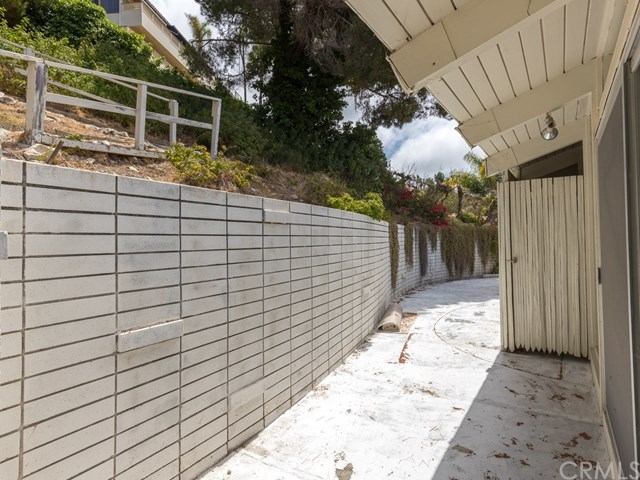 Pending | 1064 Via Ventana Palos Verdes Estates, CA 90274 42