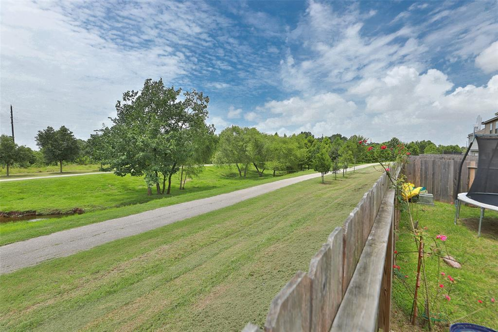 Pending | 16007 Thornbill  Lane Houston, TX 77084 27