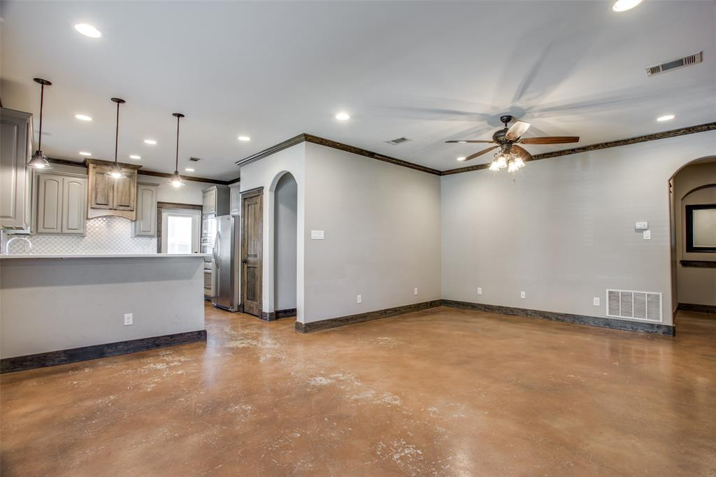 Sold Property | 2612 Lubbock Avenue Fort Worth, Texas 76109 3