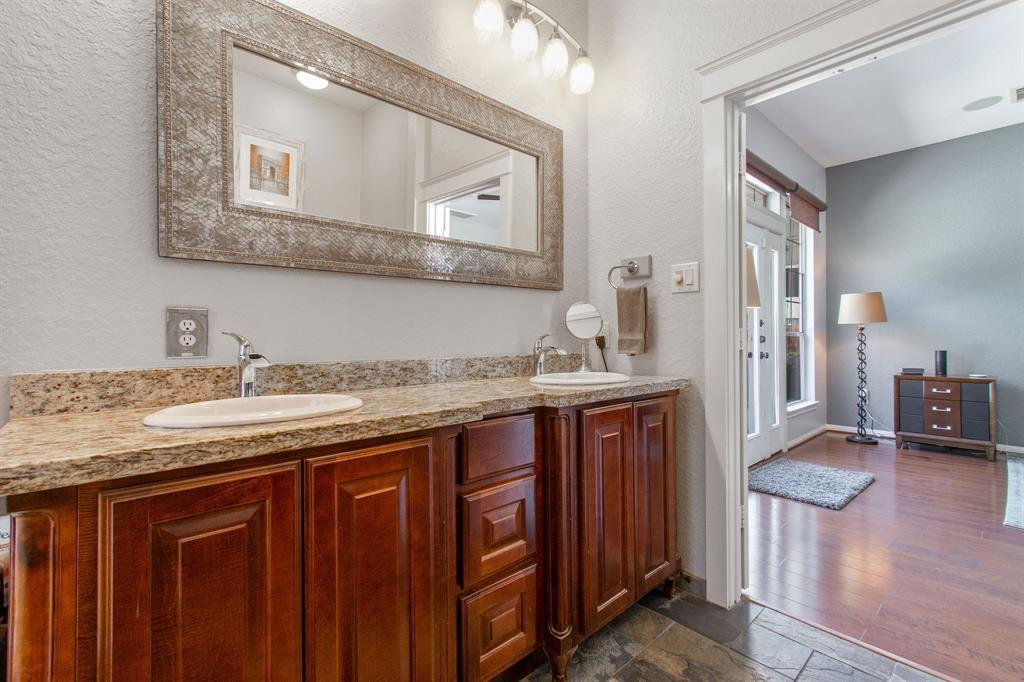 Pending | 22 Silver Lute  Place The Woodlands, TX 77381 19