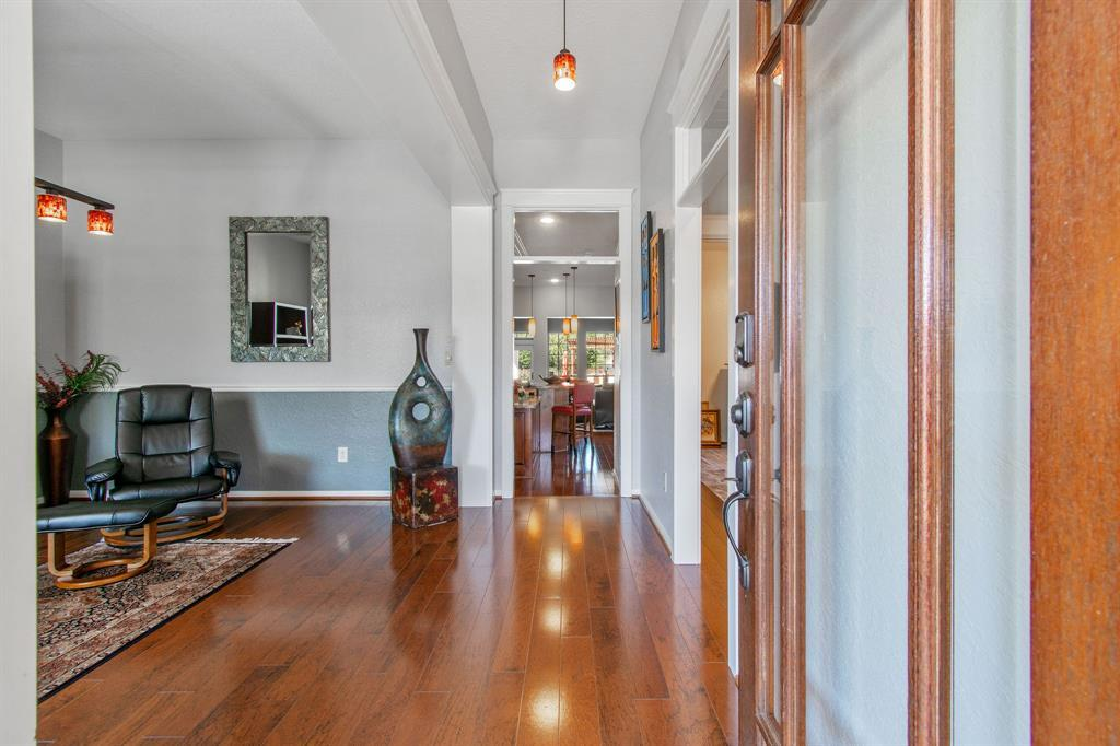 Pending | 22 Silver Lute  Place The Woodlands, TX 77381 5