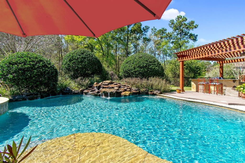 Pending | 22 Silver Lute  Place The Woodlands, TX 77381 51