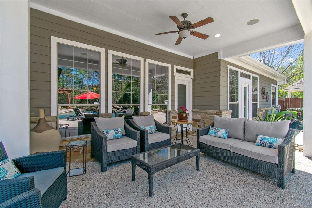 Pending | 22 Silver Lute  Place The Woodlands, TX 77381 55