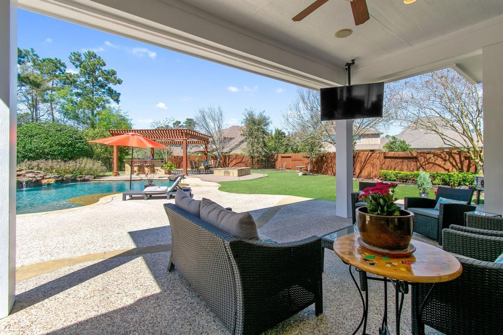 Pending | 22 Silver Lute  Place The Woodlands, TX 77381 69