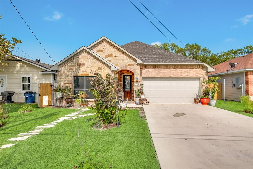 Pending | 766 Elkhart  Avenue Dallas, TX 75217 0