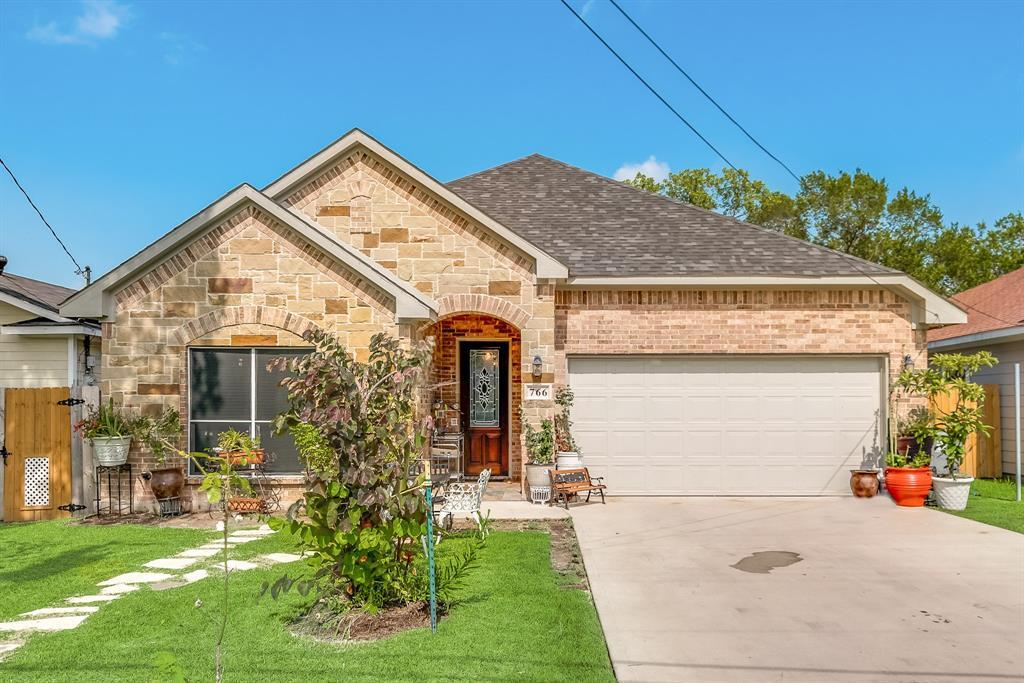 Pending | 766 Elkhart  Avenue Dallas, TX 75217 1