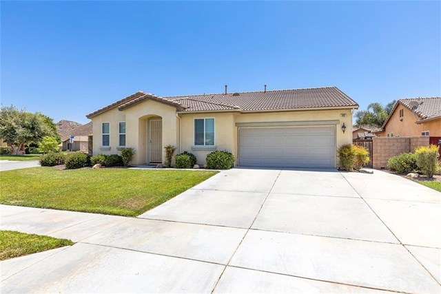 Closed | 392 Montero Court Hemet, CA 92545 2