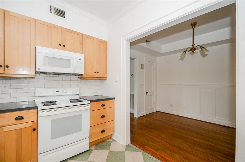 Sold Property   1313 Peden  Street Houston, TX 77006 14