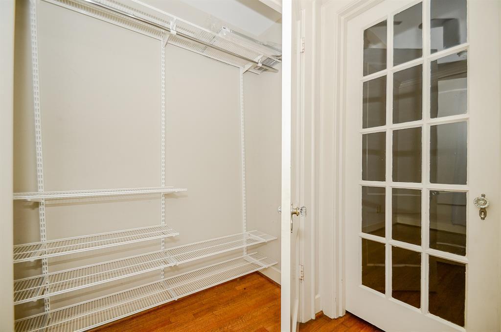 Sold Property   1313 Peden  Street Houston, TX 77006 17