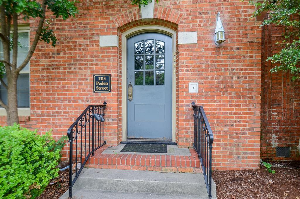 Sold Property   1313 Peden  Street Houston, TX 77006 2