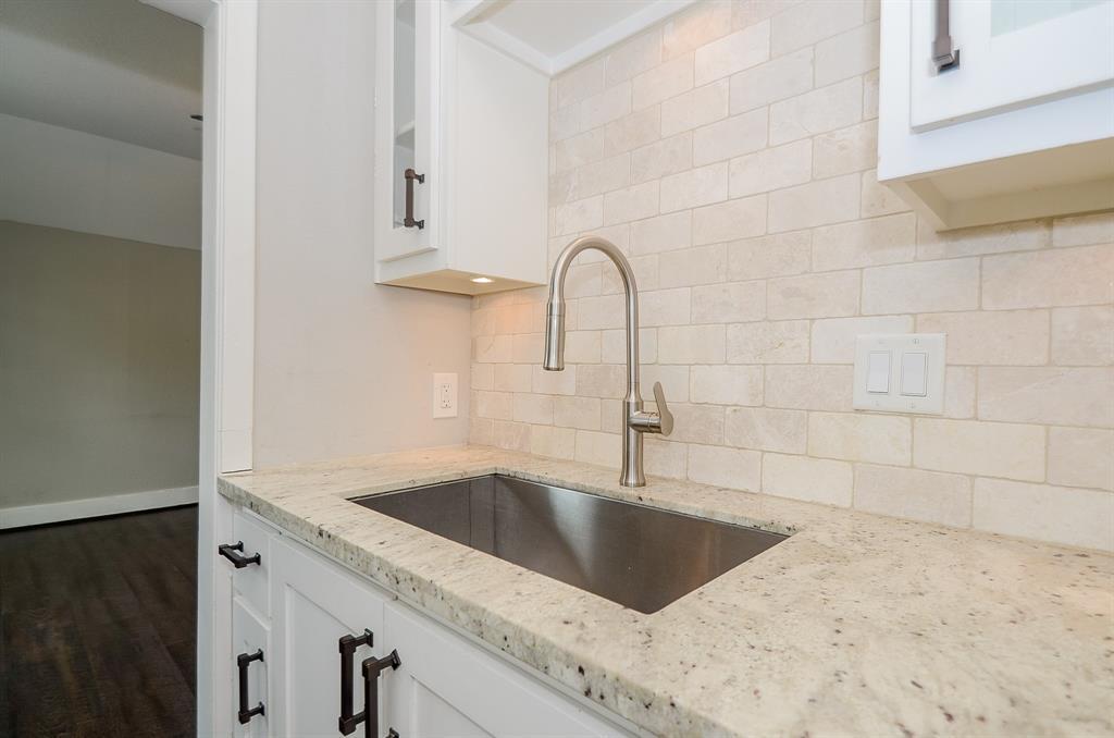 Sold Property   1313 Peden  Street Houston, TX 77006 33