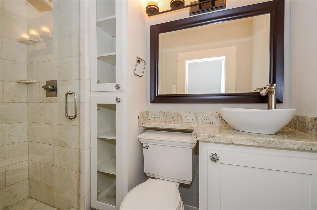 Sold Property   1313 Peden  Street Houston, TX 77006 34