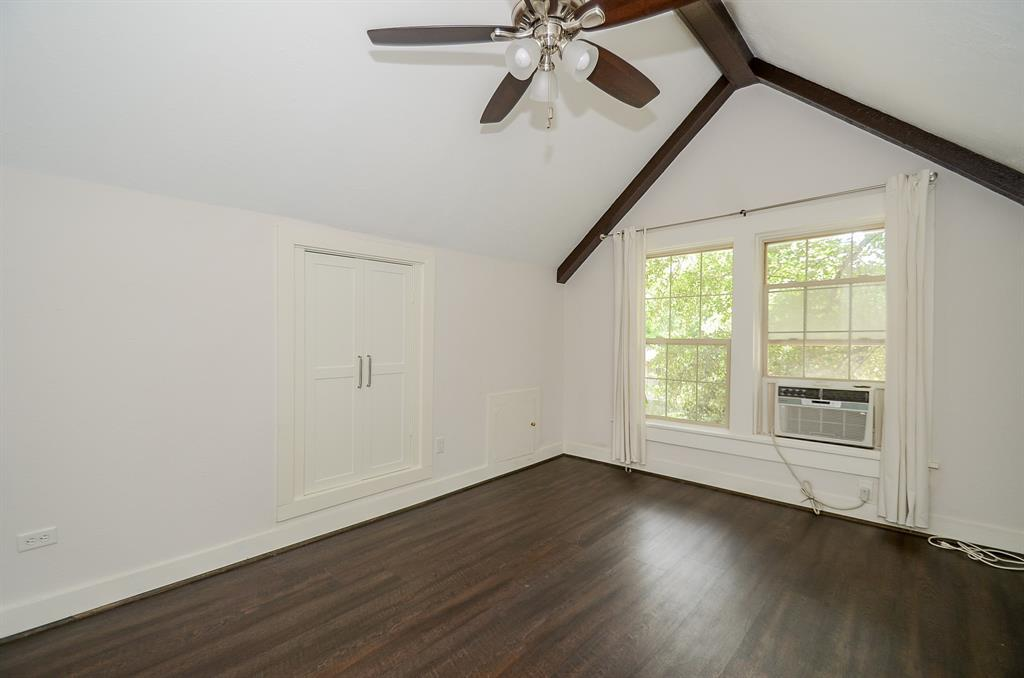 Sold Property   1313 Peden  Street Houston, TX 77006 40